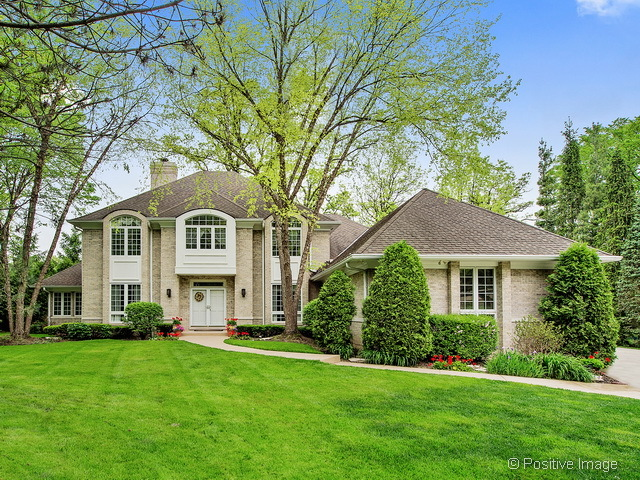 832 THE PINES, HINSDALE, IL 60521