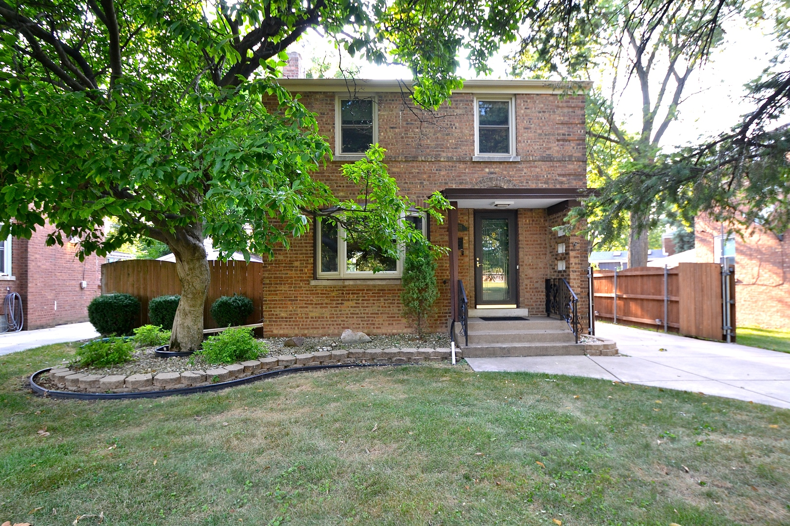Photo of 10212 Maplewood Chicago  60655