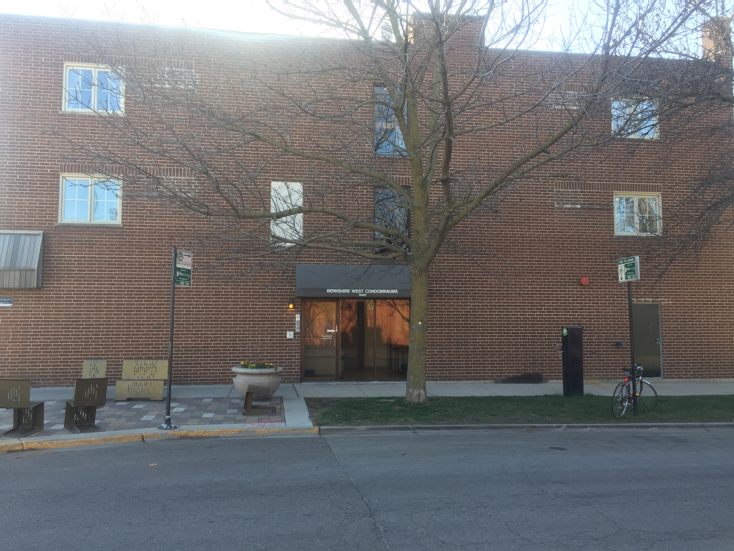6400 N Sacramento AVE Unit #101, Chicago, IL, 60645, condos and townhomes for sale