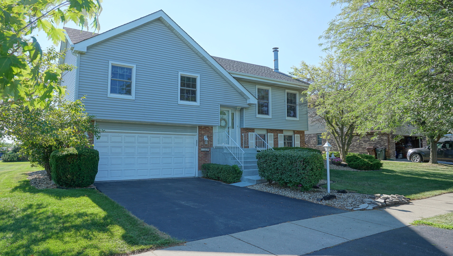 17324 VALLEY DRIVE, TINLEY PARK, IL 60487