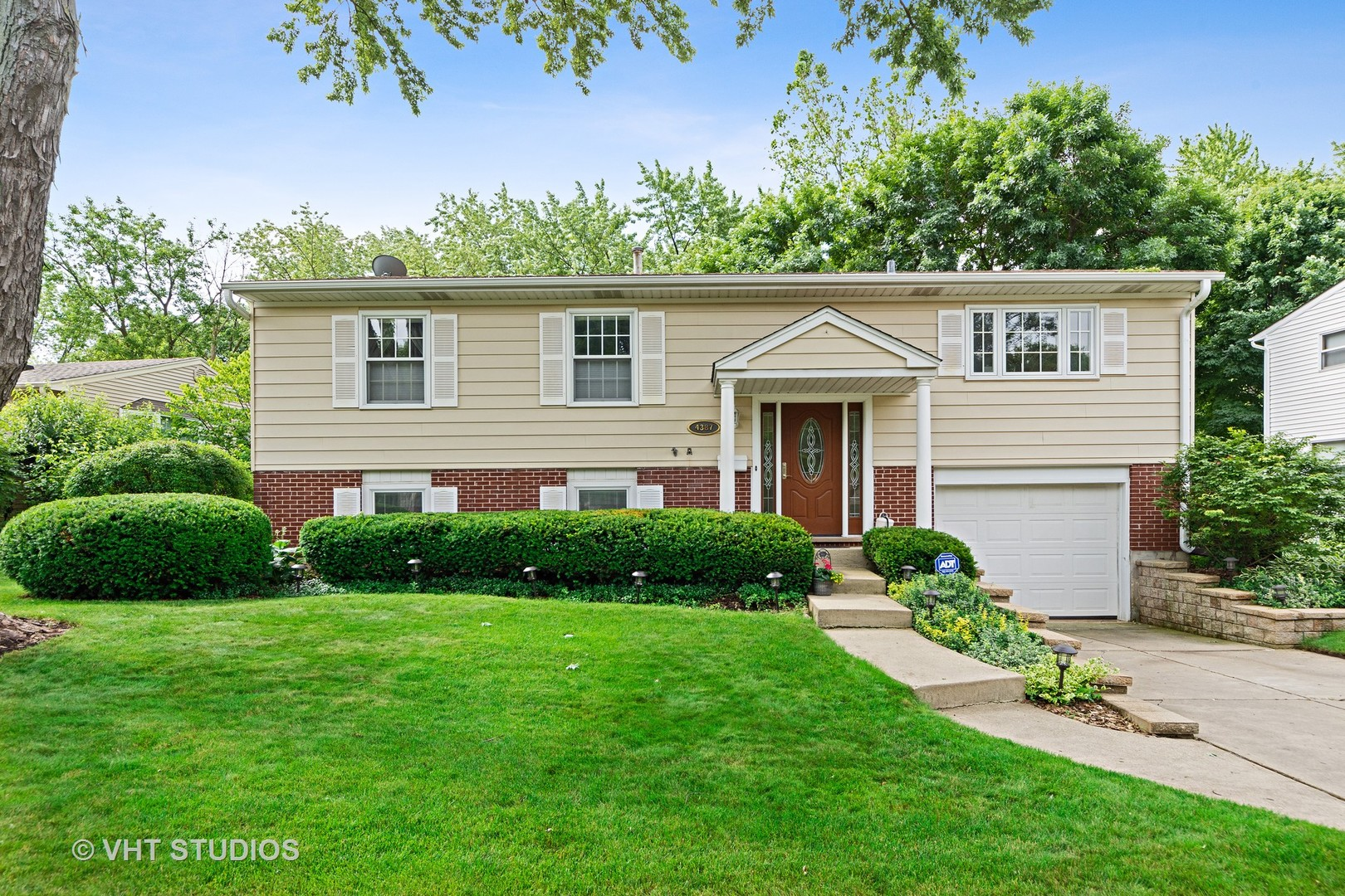 Photo of 4387 Lincoln Avenue Rolling Meadows Illinois 60008