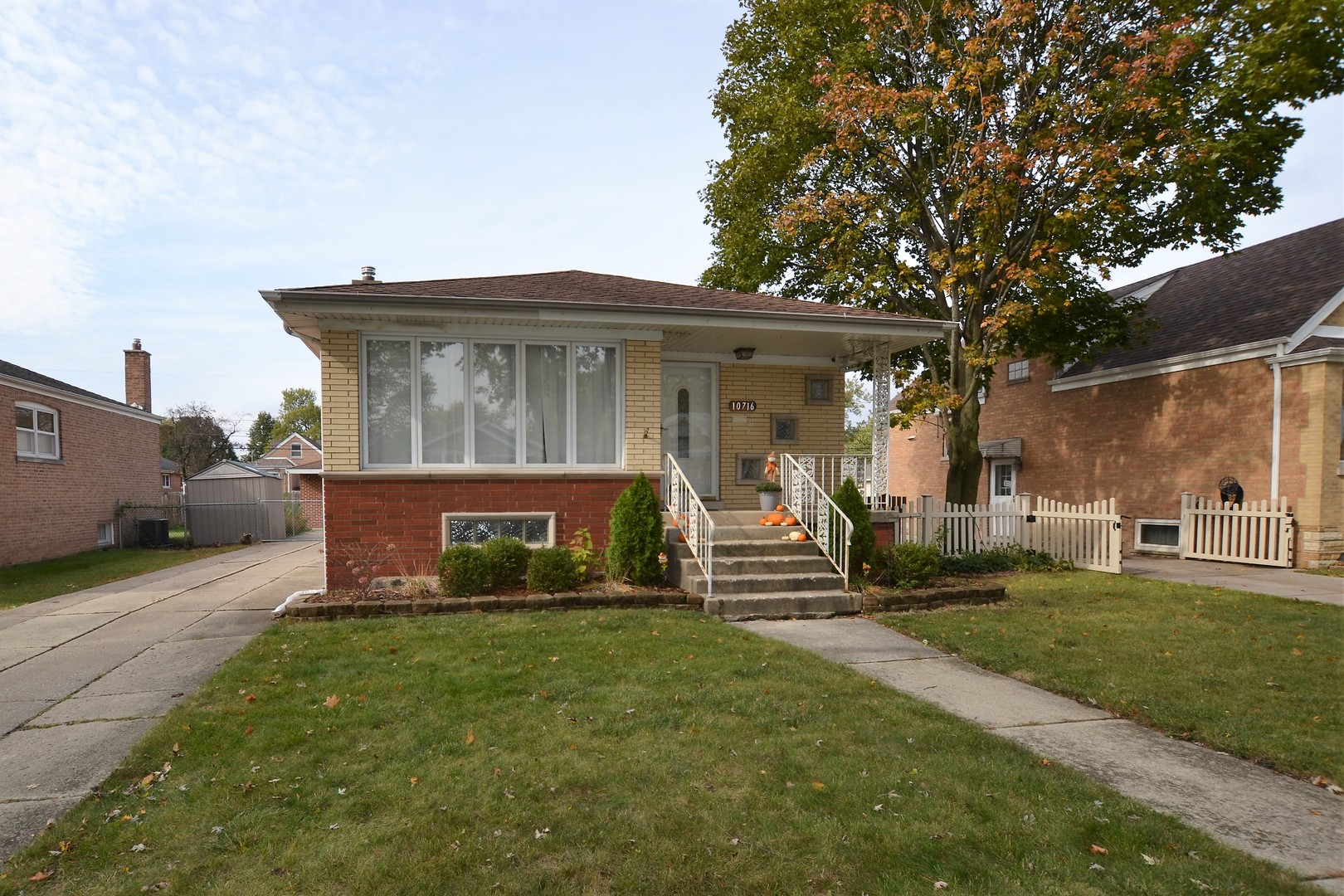 Photo of 10716 Kenneth Oak Lawn IL 60453