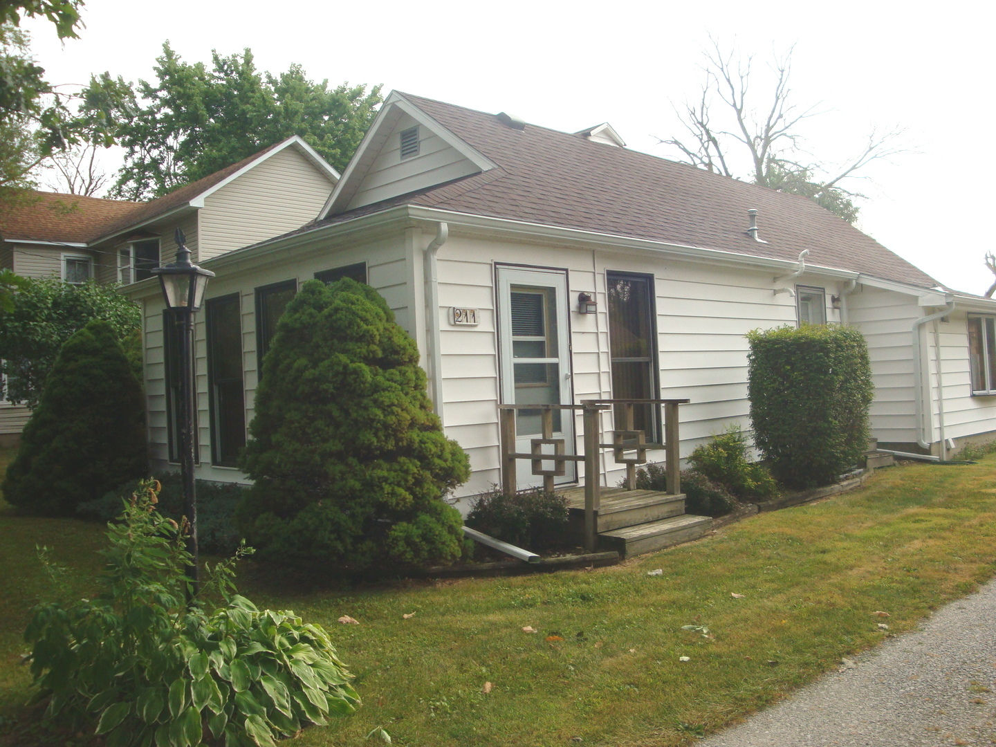 211 Grove ,Rankin, Illinois 60960