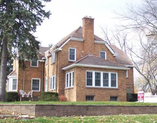 502 Ingalton, West Chicago, Illinois 60185