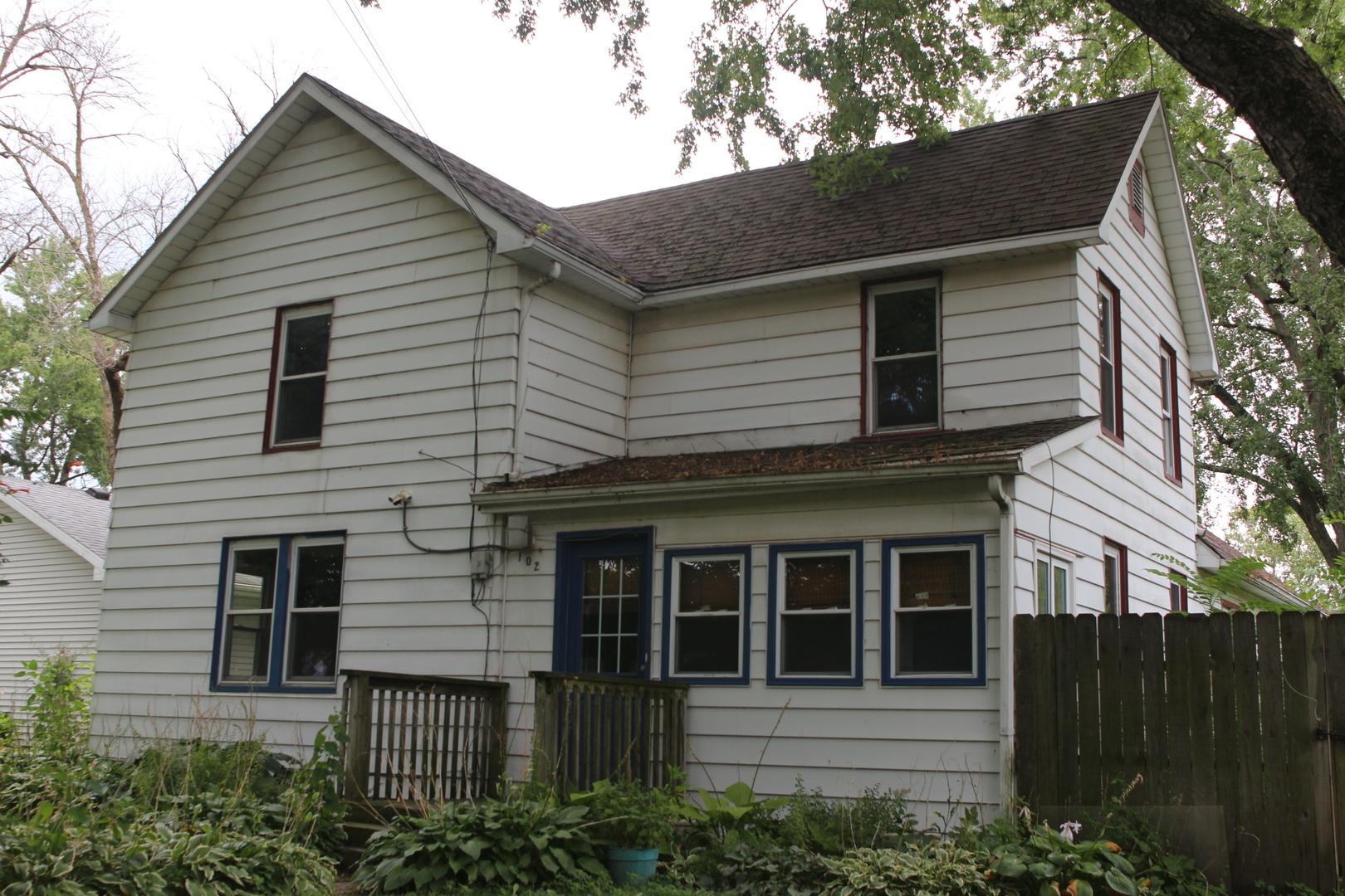 102 Pearl ,Aroma Park, Illinois 60910