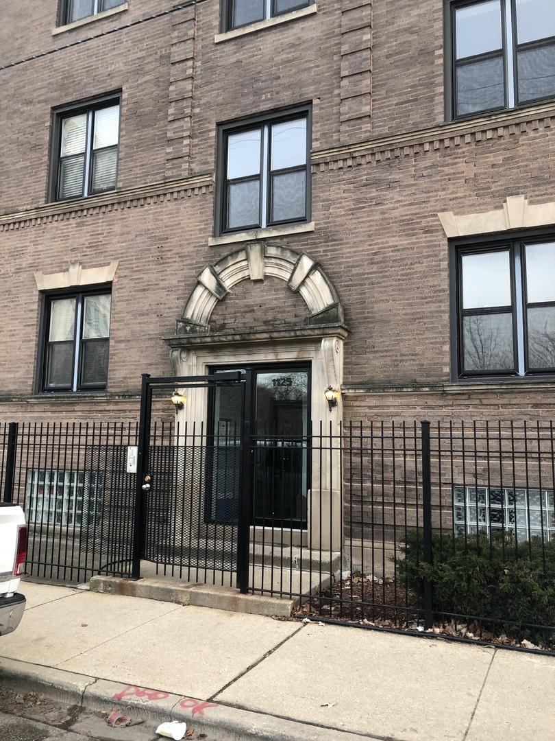 1125 E 61st St apartments for rent at AptAmigo