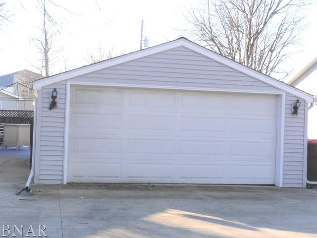 710 Pearl ,Leroy, Illinois 61752