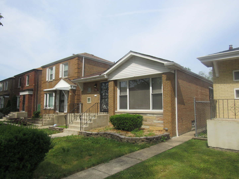 9011 Crandon ,Chicago, Illinois 60617