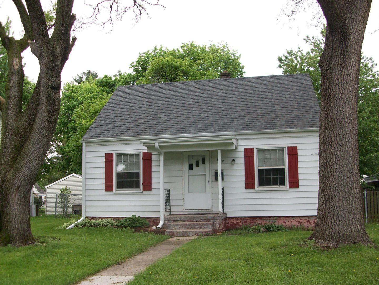 822 12th, Rochelle, Illinois 61068