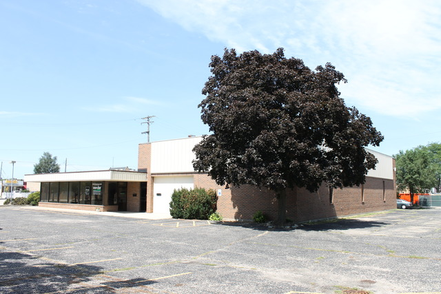 421 Grove, Dekalb, Illinois 60115