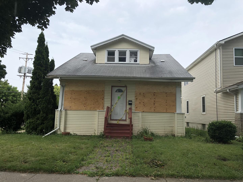103 Elmwood, Waukegan, Illinois 60085