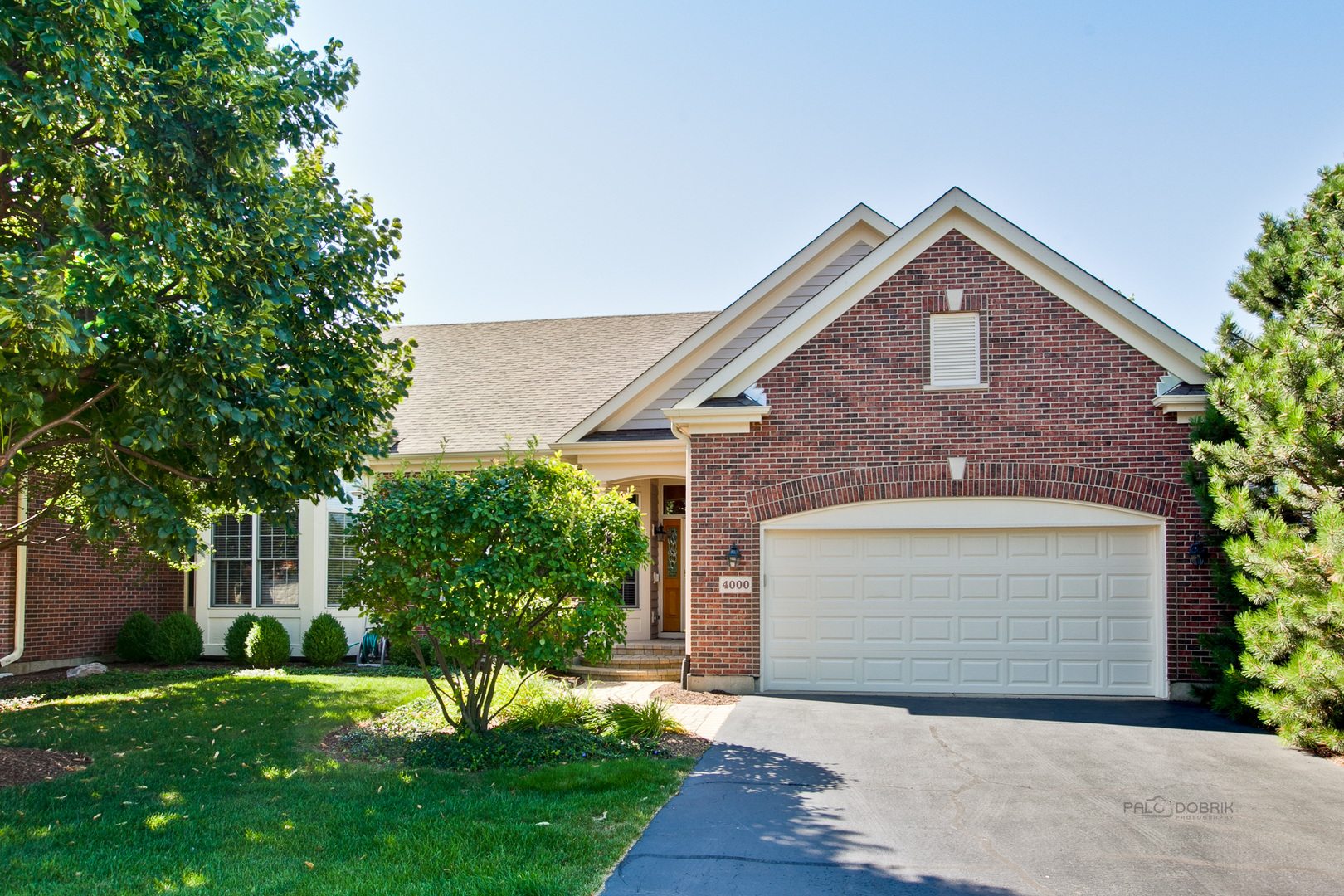 4000 Coyote Lakes Circle, Lake In The Hills, IL 60156