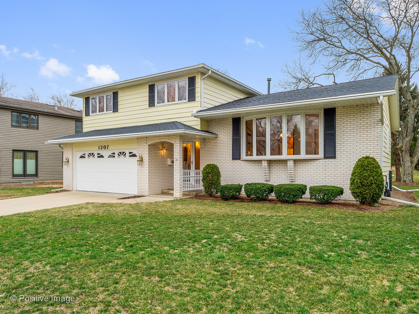 1207 60TH PLACE, DOWNERS GROVE, IL 60516