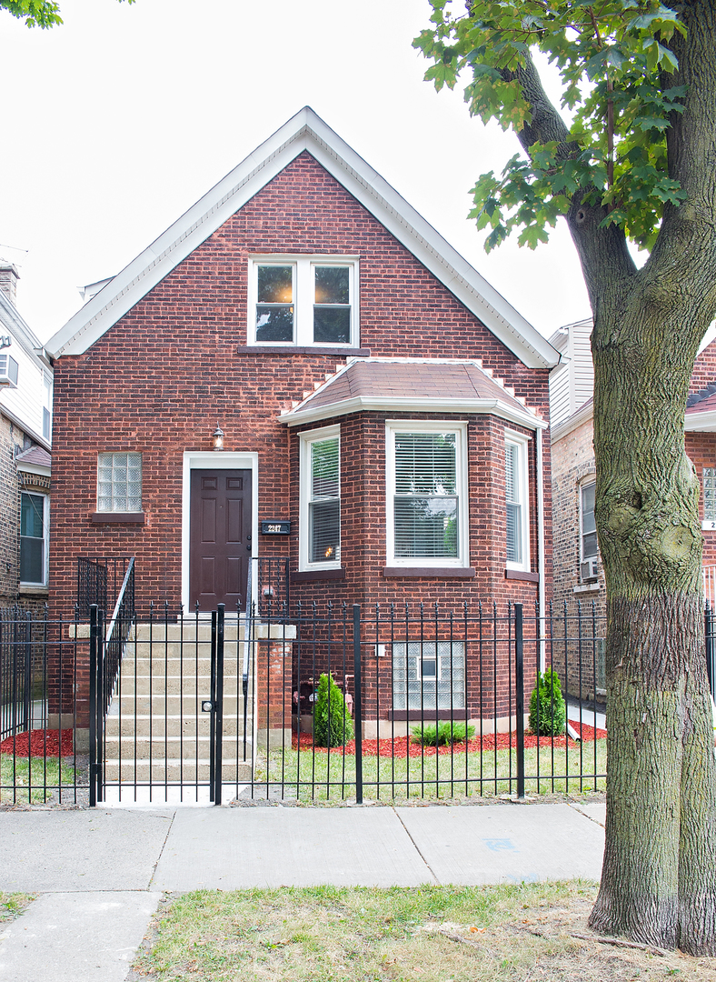 2247 NORTH KEYSTONE AVENUE, CHICAGO, IL 60639