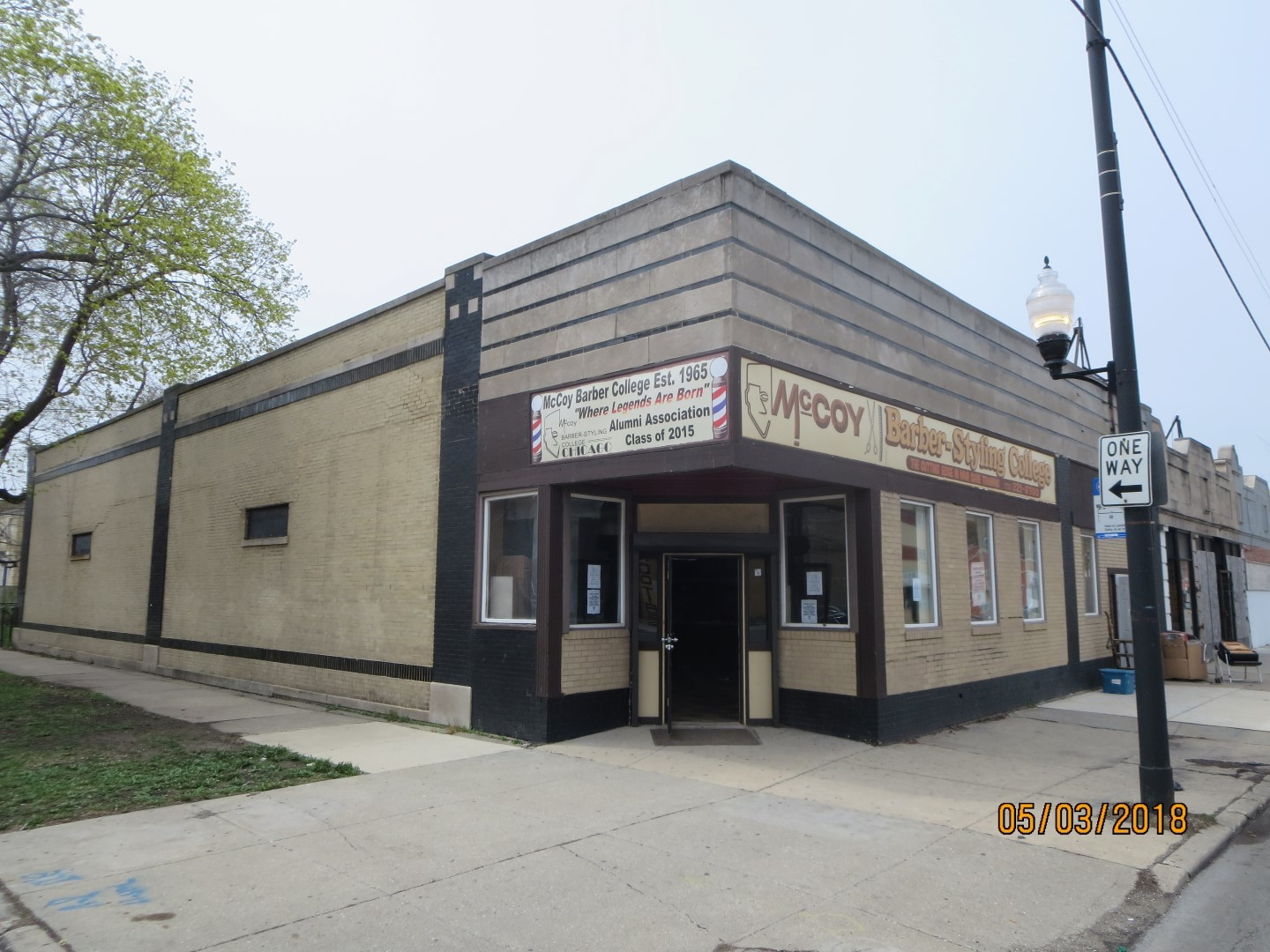 Large commercial property with fenced in yard, 4 bathrooms and tons of potential.  Located on 79th street with great exposure and drive by traffic.  This building can accommodate a number of uses.   NOT BANK OWNED AND NOT A SHORT SALE, OWNERS ARE LOCAL AND MOTIVATED.   BEING SOLD AS-IS, SO PLEASE INSPECT PRIOR TO SUBMITTING AN OFFER.  PLEASE NOTE: 0% TAX PRORATIONS ARE OFFERED, THE SELLER WILL PAY CURRENT AND ALL PRIOR TAX BUT 0% CREDIT FOR FUTURE BILLS.  SPECIAL WARRANTY DEED AT CLOSING. NO SURVEY.  FOR FASTER RESPONSE PLEASE USE SELLERS CONTRACT, ADDENDUM AND DISCLOSURES UNDER DOCUMENTS.