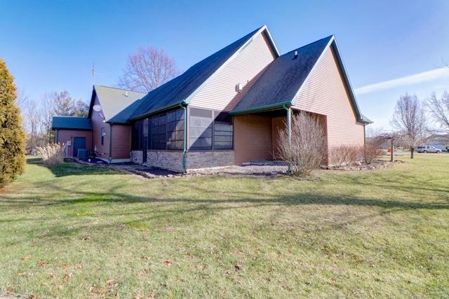 136 Shores ,Sullivan, Illinois 61951