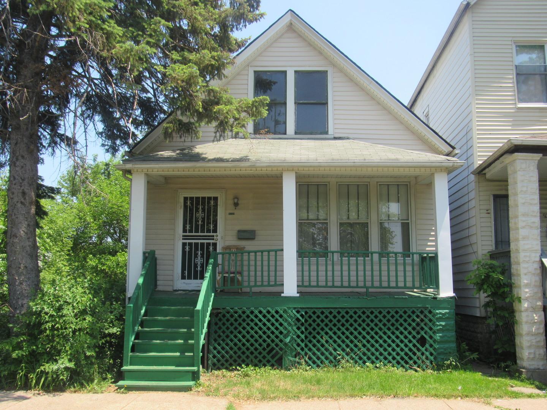 9319 Harper ,Chicago, Illinois 60619
