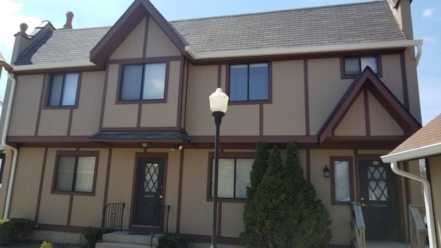 825 Village Quarter Unit Unit c-2 ,West Dundee, Illinois 60118