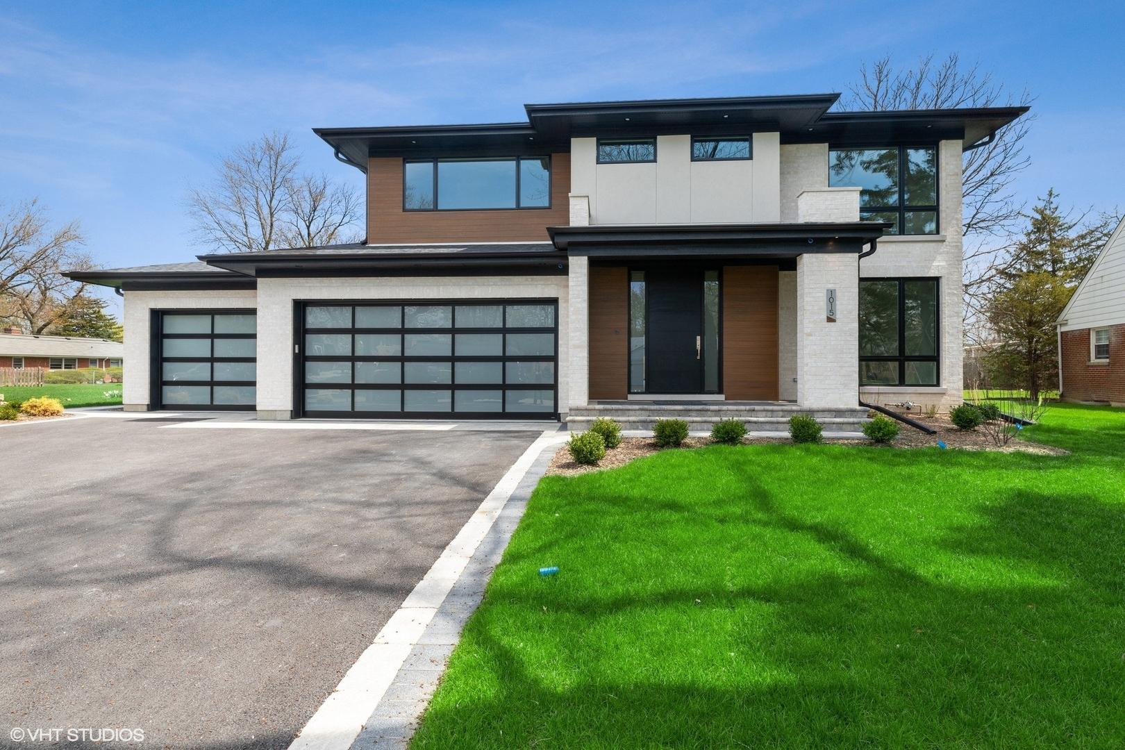 1015 Linden Leaf Drive #  Glenview IL 60025