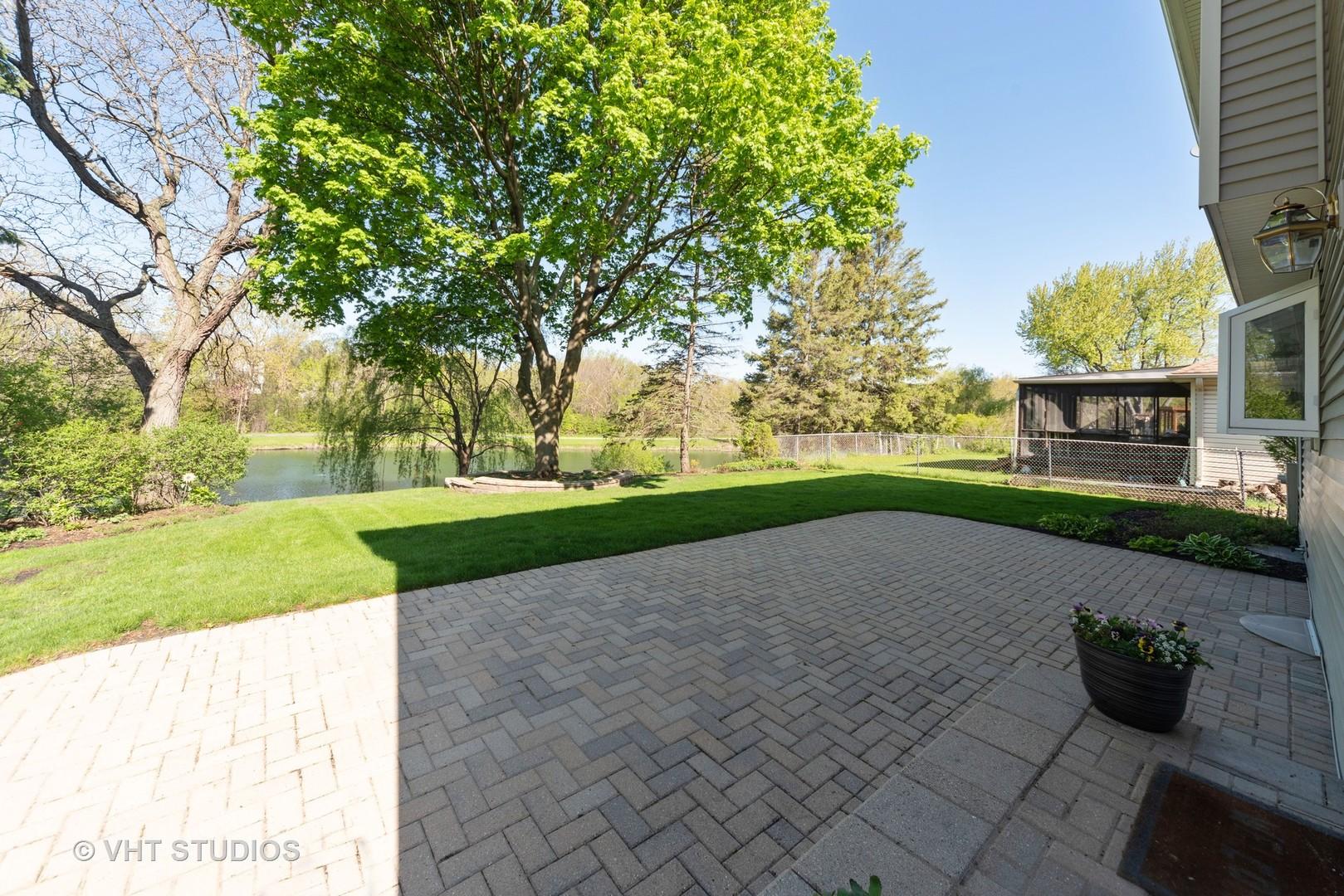 940 Shambliss ,Buffalo Grove, Illinois 60089