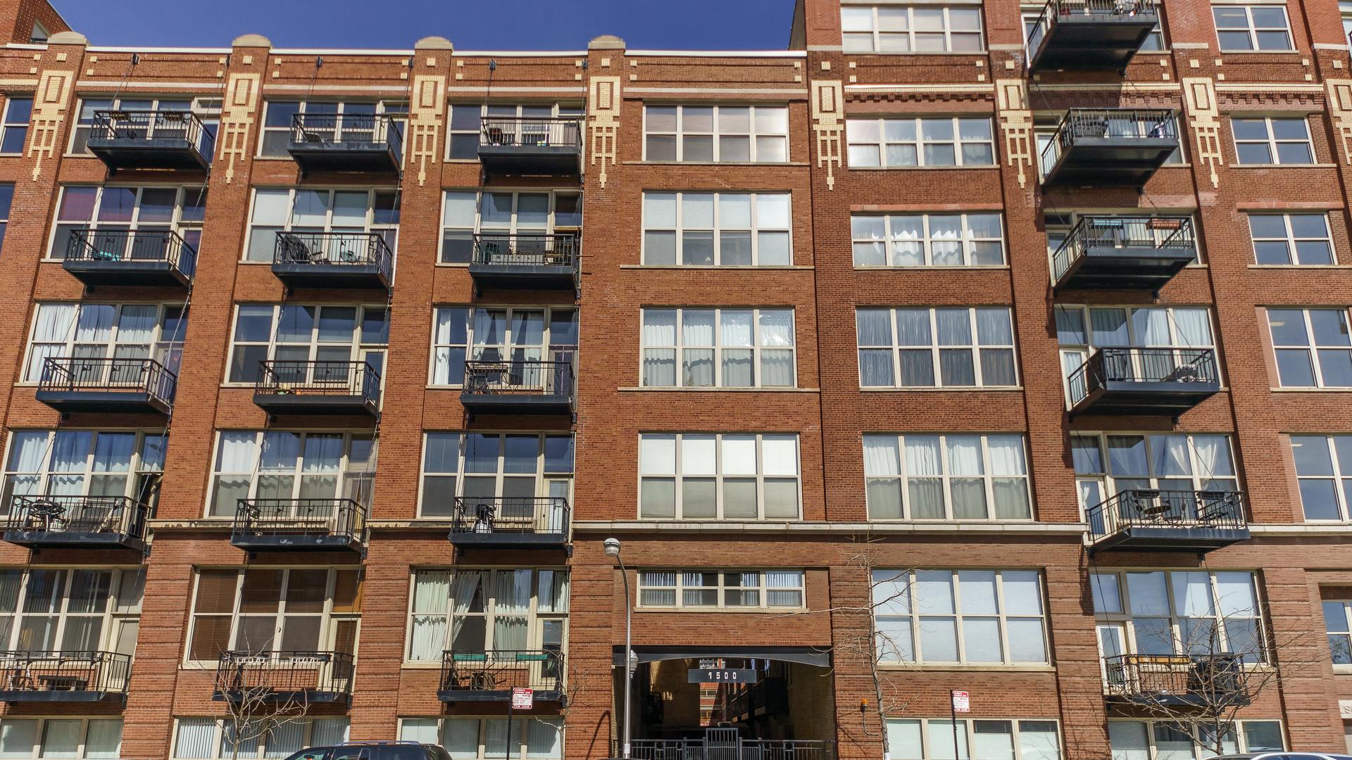 1500 1500 West Monroe Street 725 Street Street, Chicago-Near West Side, IL 60607