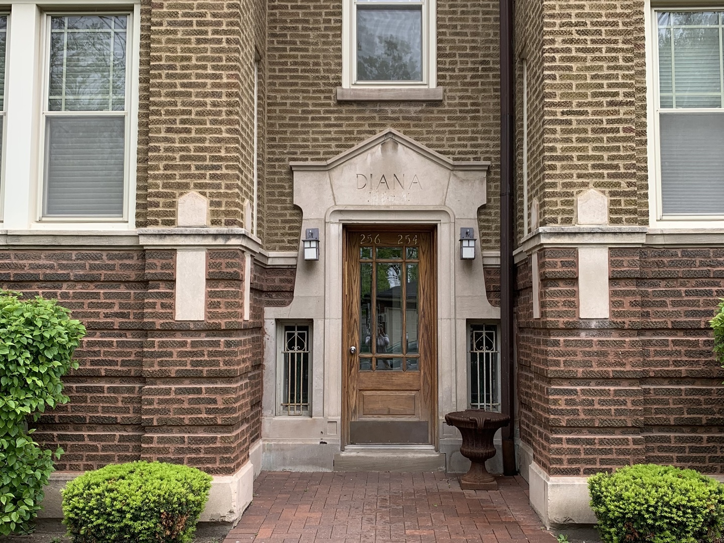 256 Pleasant Unit Unit 3 ,Oak Park, Illinois 60302