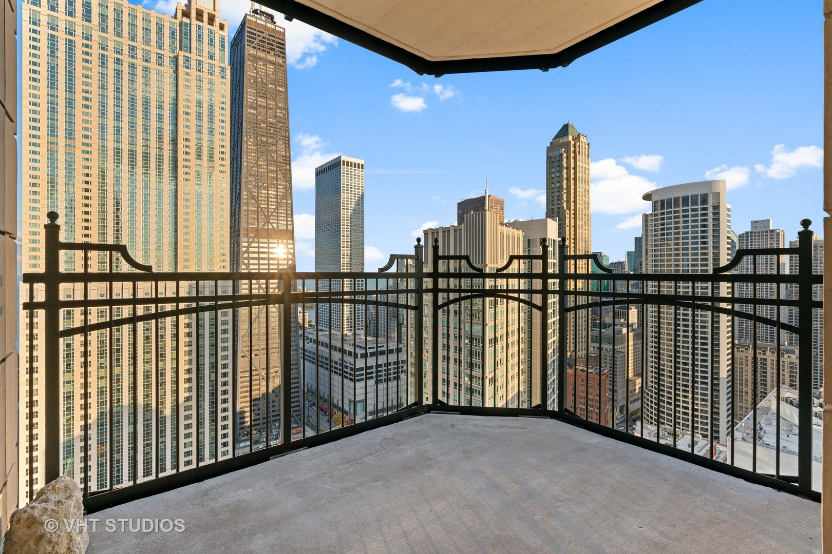11 Walton Unit Unit 4201 ,Chicago, Illinois 60611