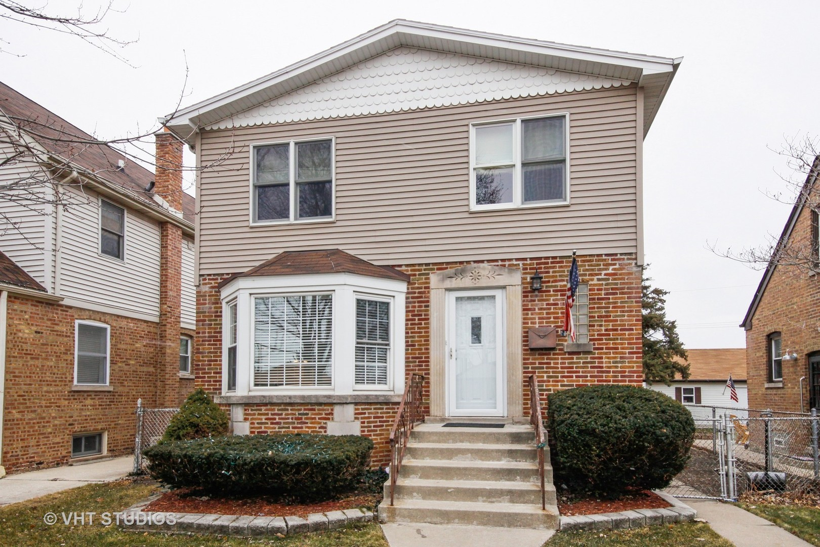 $265,000 - 4Br/2Ba -  for Sale in Chicago