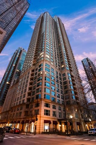 25 E SUPERIOR Street 5001, Chicago, IL 60611