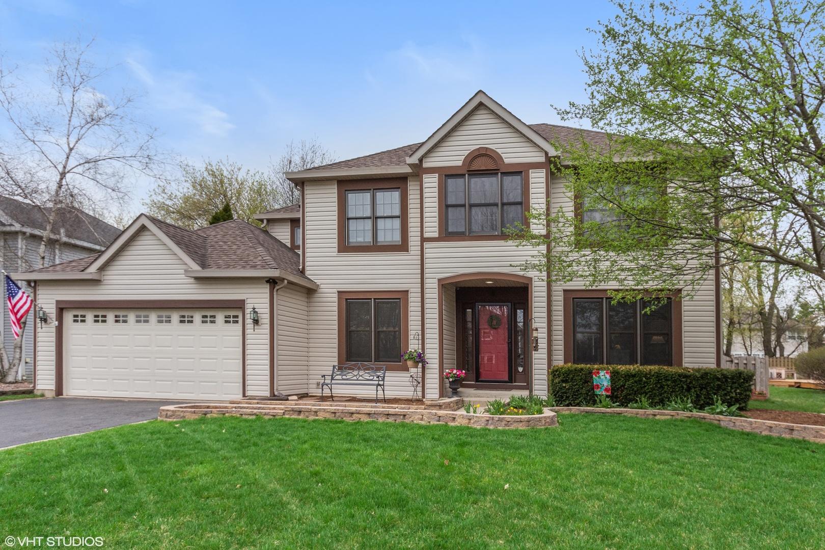 310 Hampton ,Cary, Illinois 60013