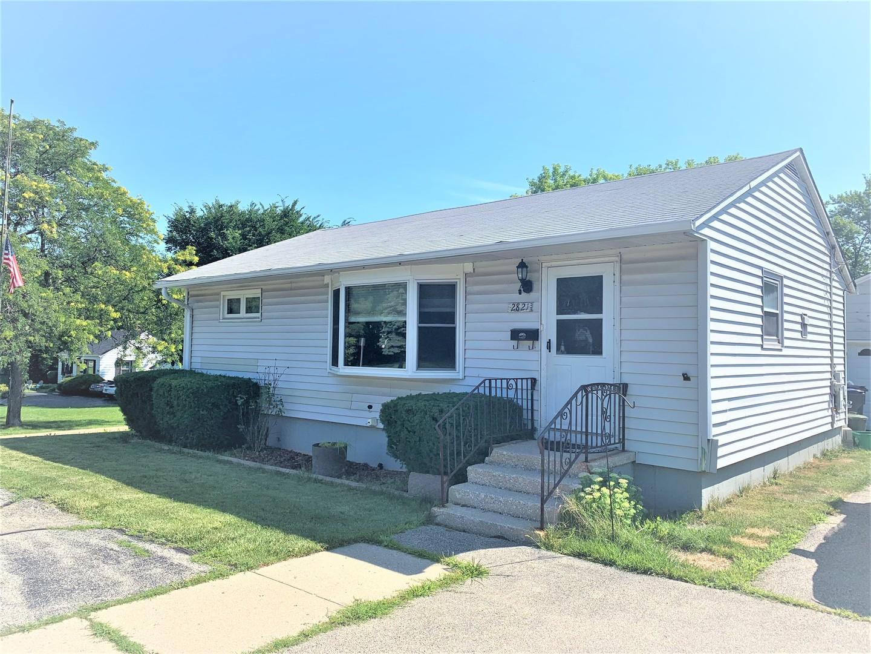 2821 Lewis ,Waukegan, Illinois 60087