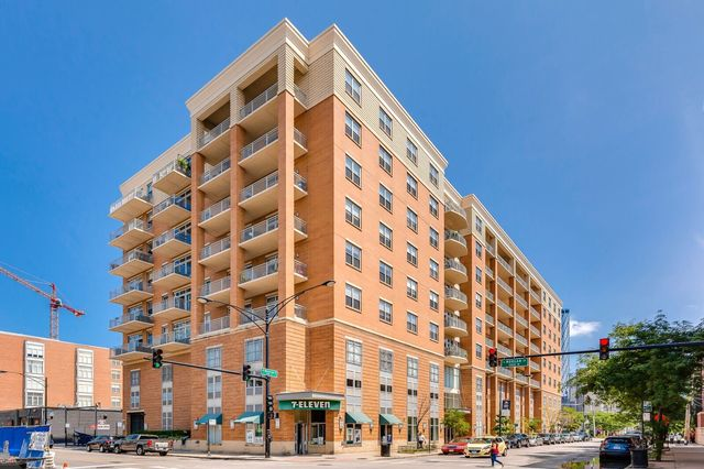 950 Monroe Unit Unit 413 ,Chicago, Illinois 60607