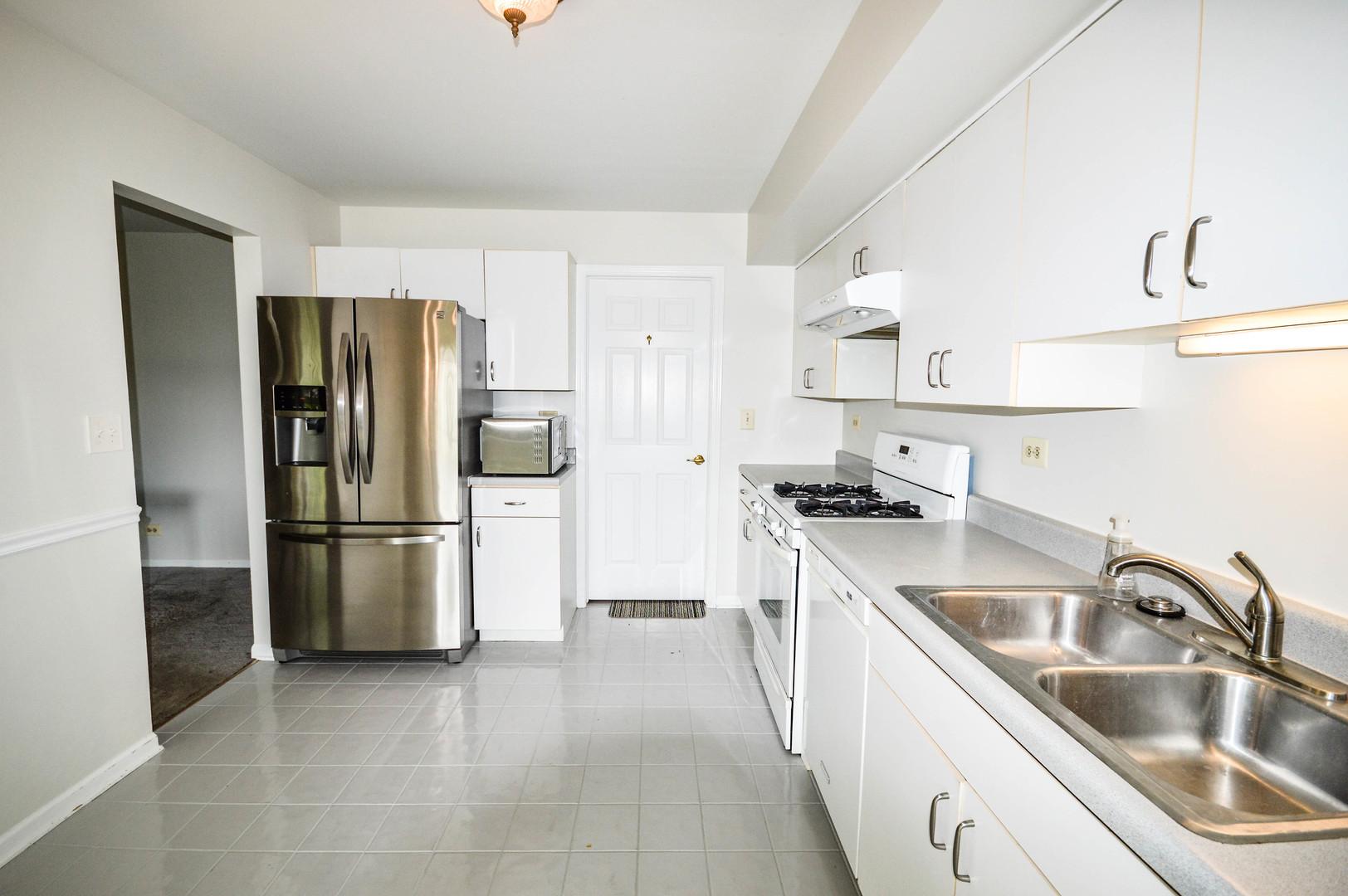 376 Bentley Place