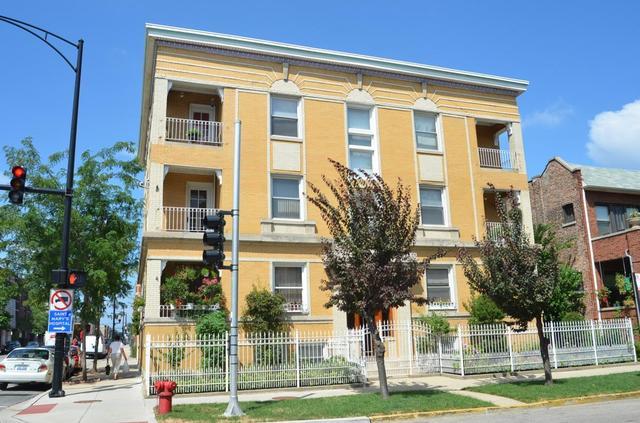1002 N Oakley Blvd apartments for rent at AptAmigo