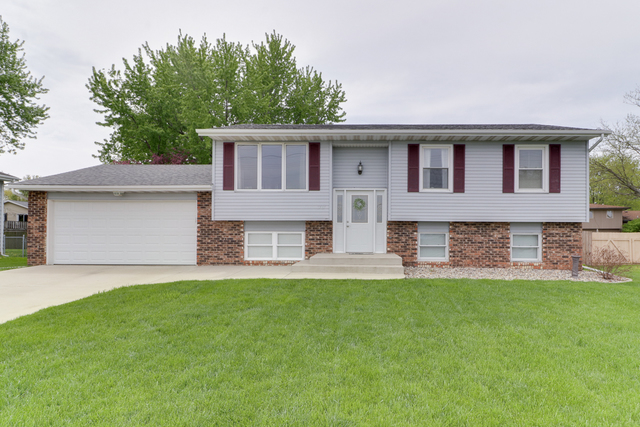 1717 Gregory ,Normal, Illinois 61761
