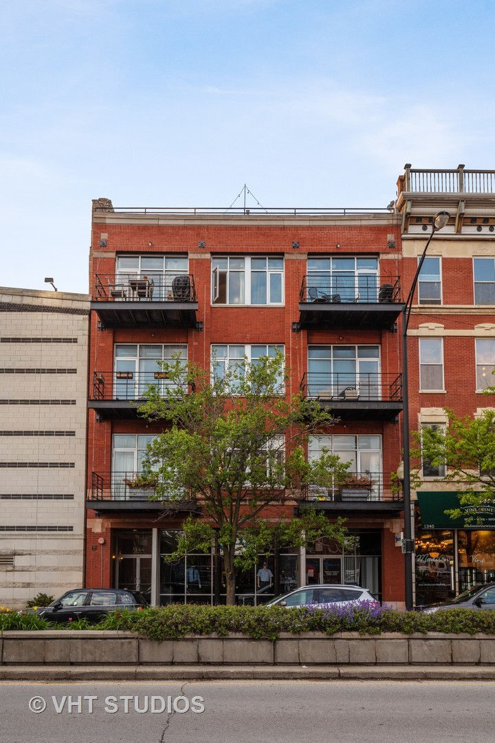 1344 Madison Unit Unit 402 ,Chicago, Illinois 60607