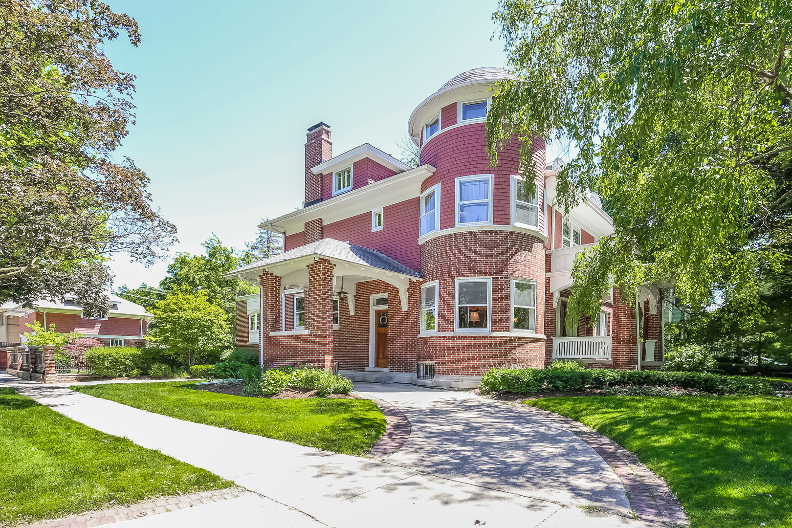 202 South Euclid Avenue, Oak Park, IL 60302