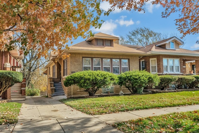 Photo of 9433 VANDERPOEL Avenue Chicago Illinois 60643