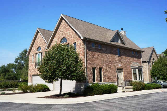 1522 1522 Stonegate Manor 1522, Mount Prospect, IL 60056