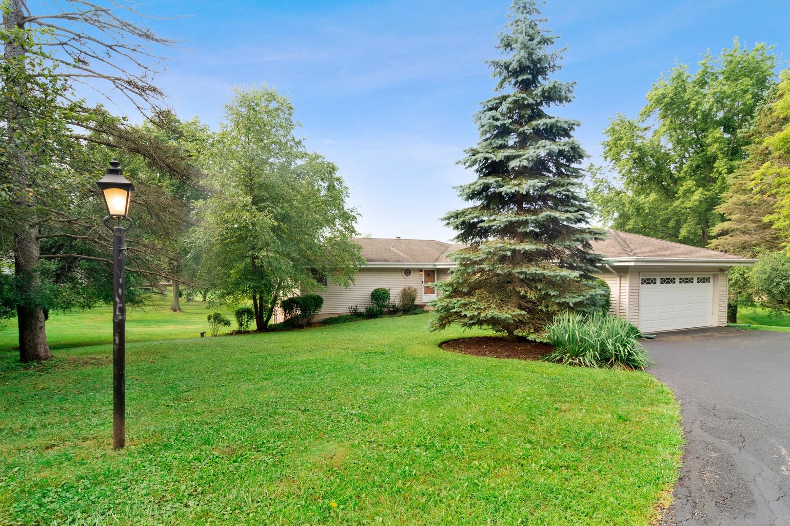 23578 Old Barrington ,Lake Barrington, Illinois 60010