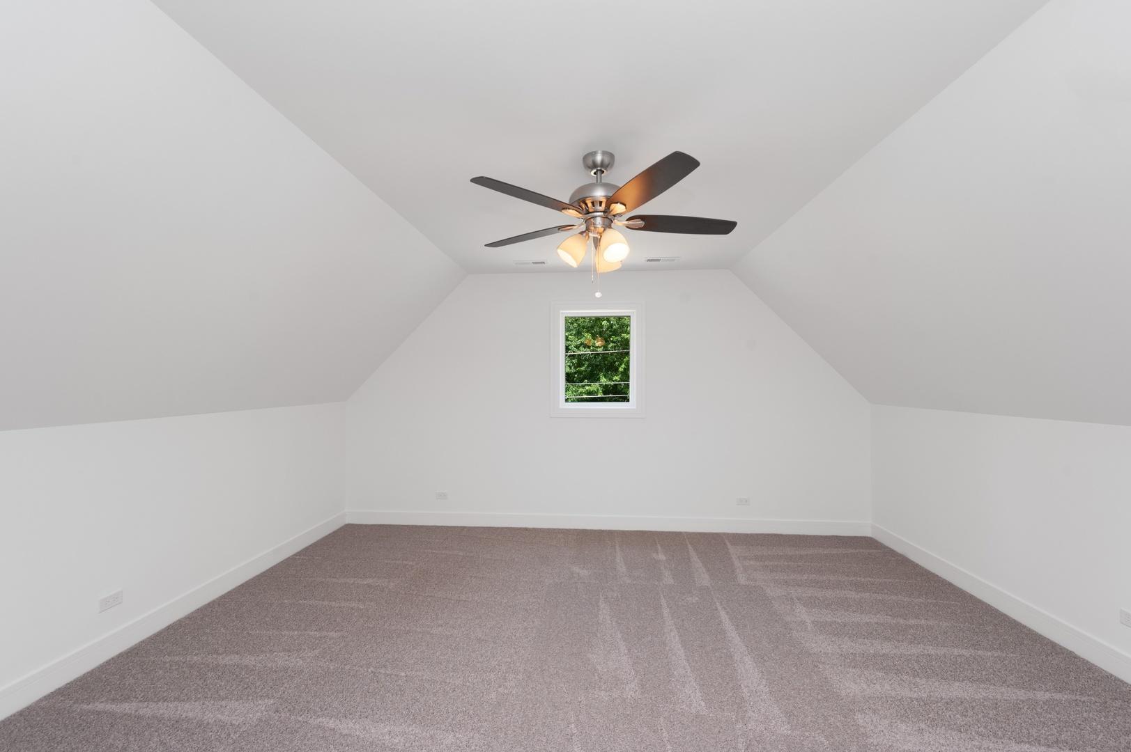 425 Circle ,Port Barrington, Illinois 60010