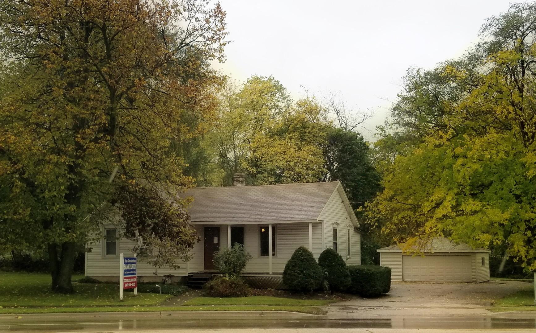 19 Western ,Carpentersville, Illinois 60110