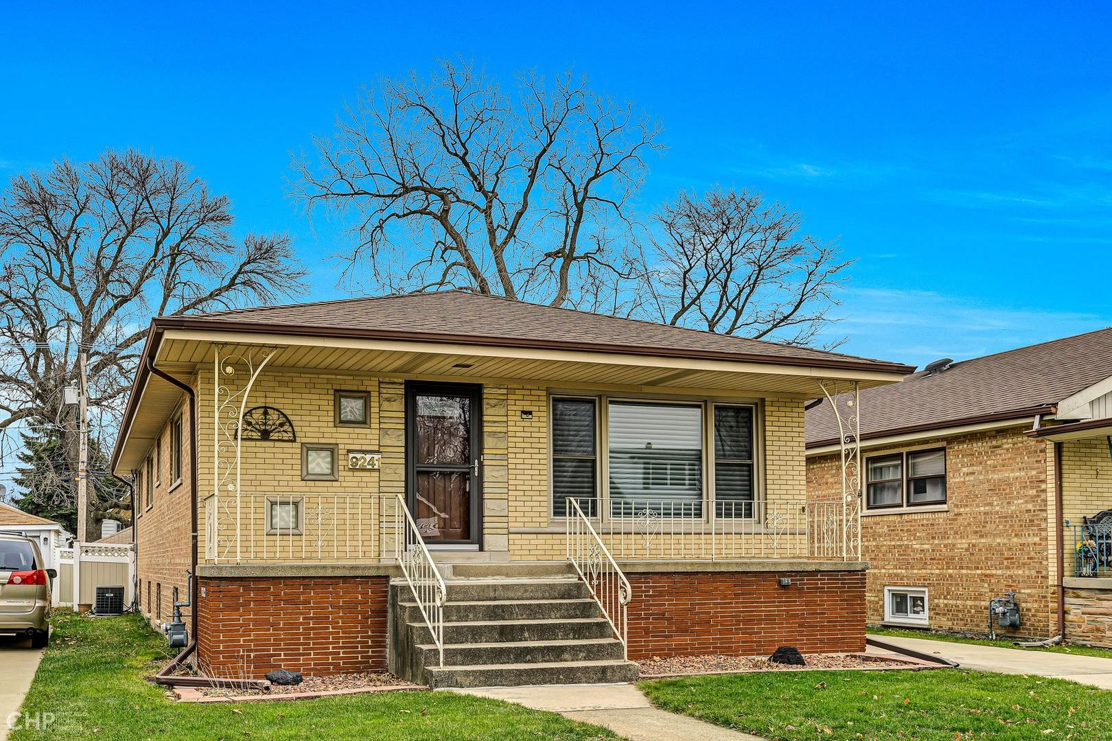 Photo of 9241 Avers Evergreen Park IL 60805