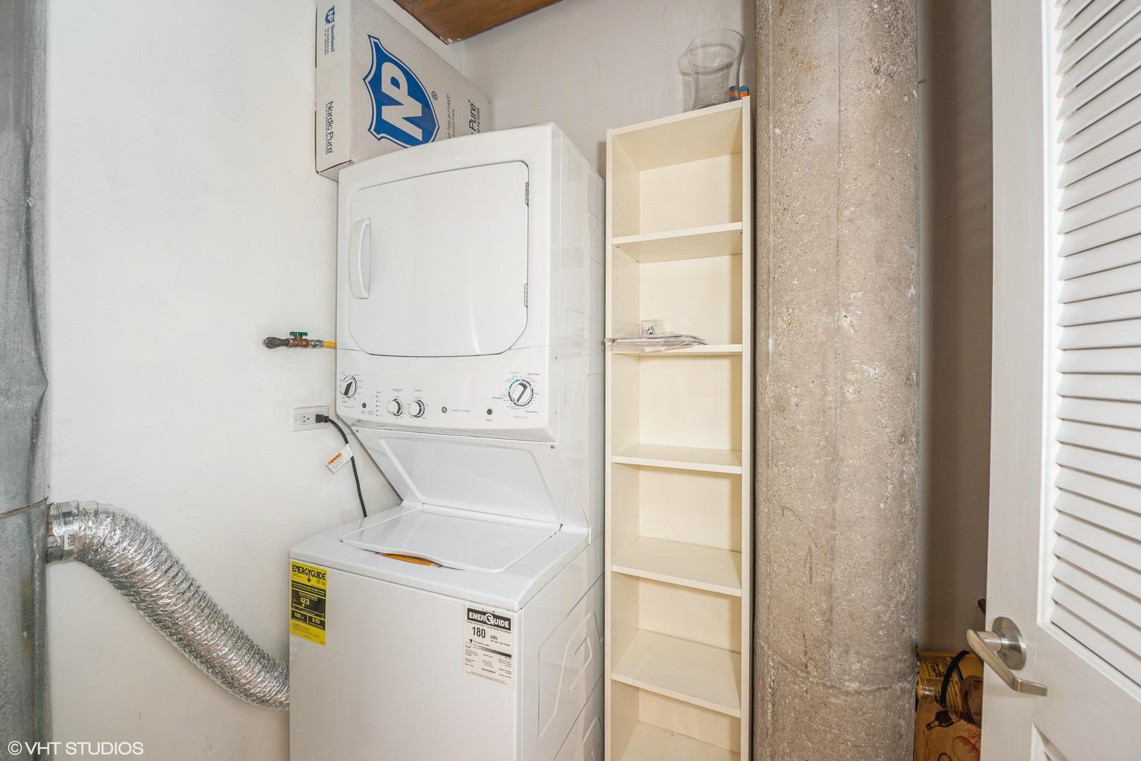 420 Ontario Unit Unit 308 ,Chicago, Illinois 60610