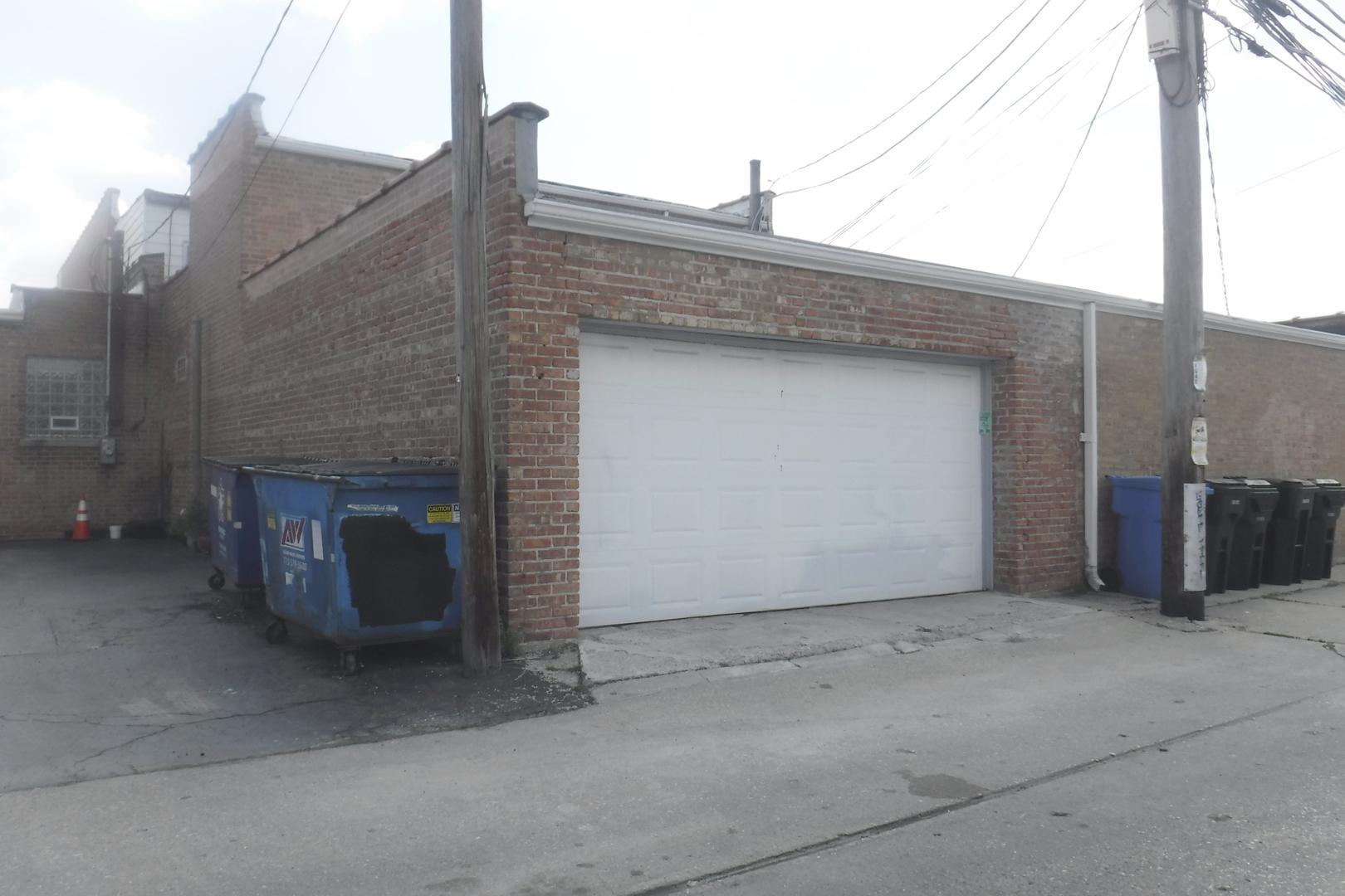 5712 Pulaski ,Chicago, Illinois 60629