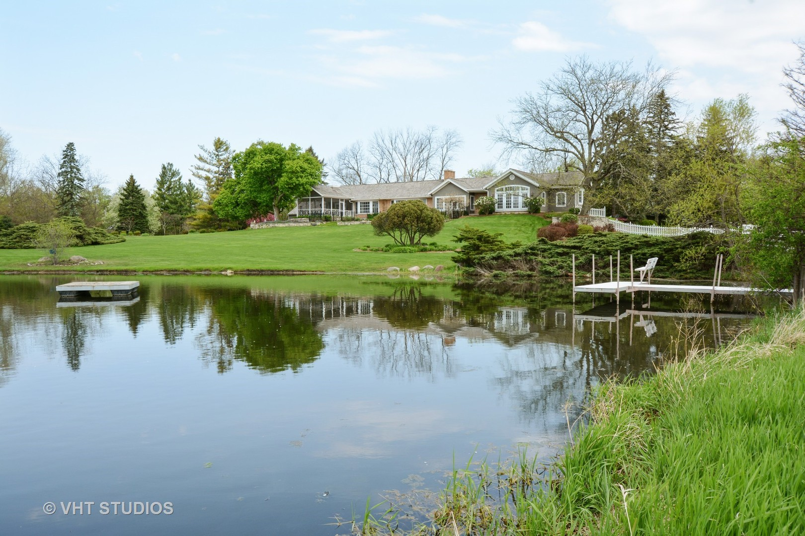 32 Oak Knoll Rd, Barrington Hills IL 60010