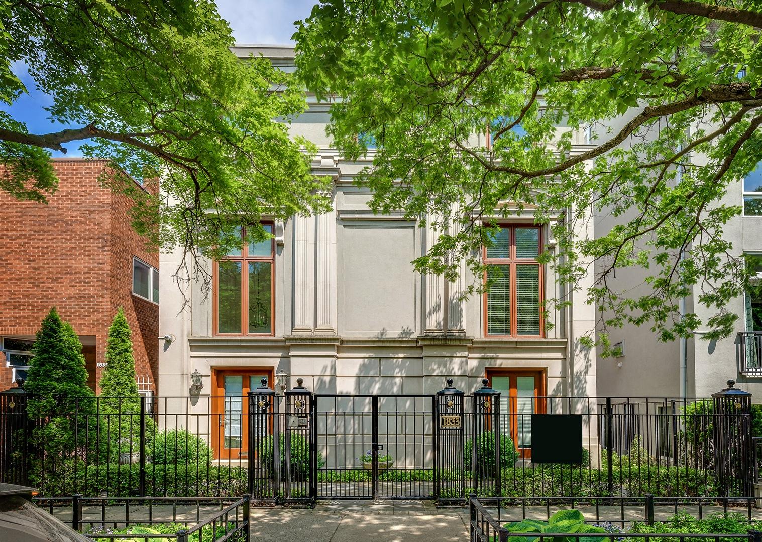 1833 N SEDGWICK Street, Chicago, Illinois 60614