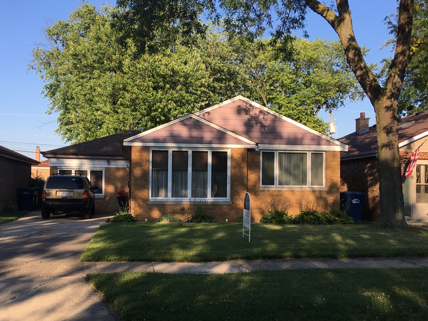 Photo of 8909 Utica Avenue EVERGREEN PARK IL 60805