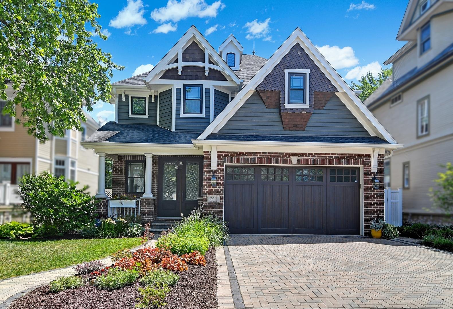 211 South Ashland Avenue, La Grange, IL 60525
