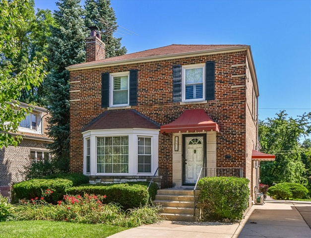 Photo of 10829 Longwood Drive Chicago IL 60643